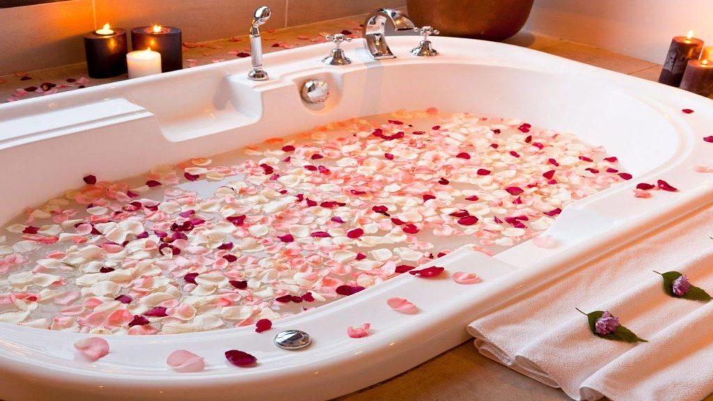 petali in bagno